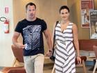Malvino Salvador e Kyra Gracie curtem shopping no Rio sem os filhos