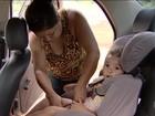 Motorista transporta duas crianças e bebê sem cadeirinha na BR-452; vídeo
