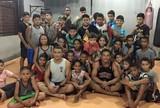 De volta às origens, John Macapá visita projeto social de MMA no Amapá