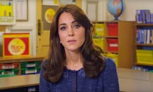 Kate Middleton pede apoio emocional para crianças com problemas mentais