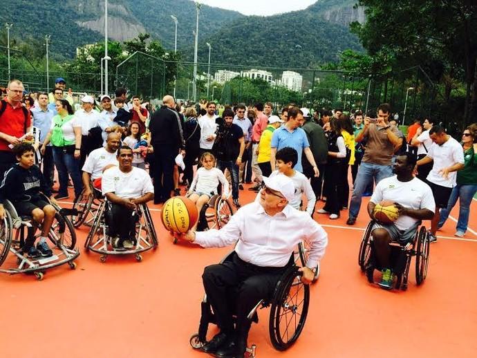 Gincanas também comemoraram a data símbolo de um ano para as Paralimpíadas (Foto: André Durão)