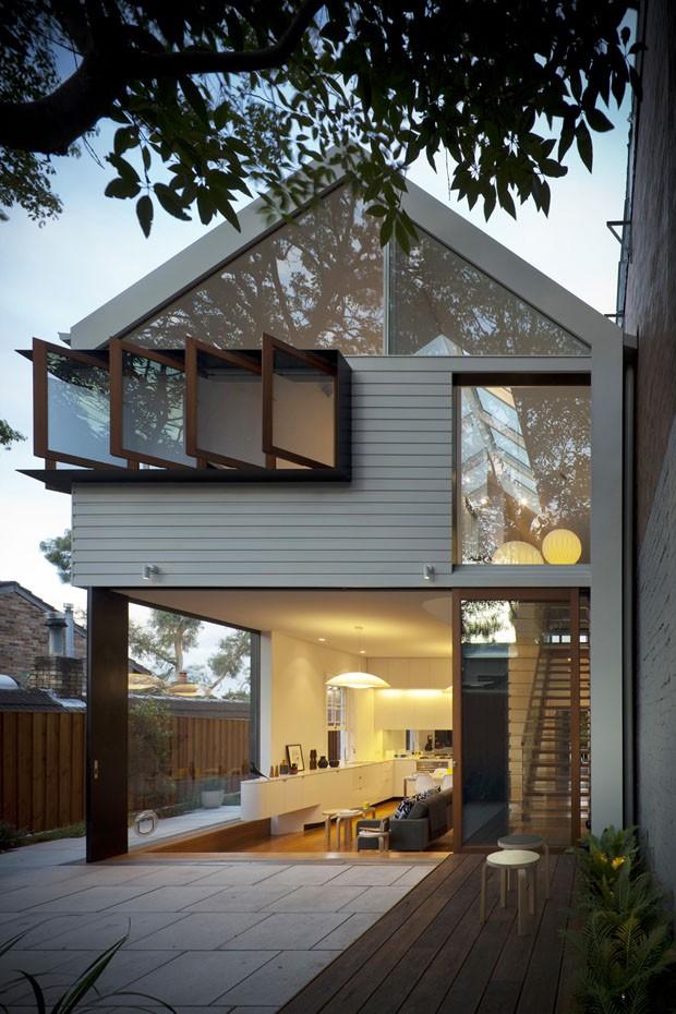 Lorena cavalcanti janelas claraboias e escolhas sustent veis for Piani di casa cottage con portici