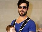 Sandro Pedroso posa com o filho Noah: 'Minha vida mudou totalmente'
