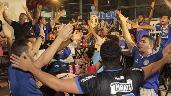 torcida do Confiança, Confiança (Foto: Osmar Rios / GloboEsporte.com)