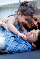Ensaio de moda: Nívea Stelmann com os filhos, Miguel e Bruna
