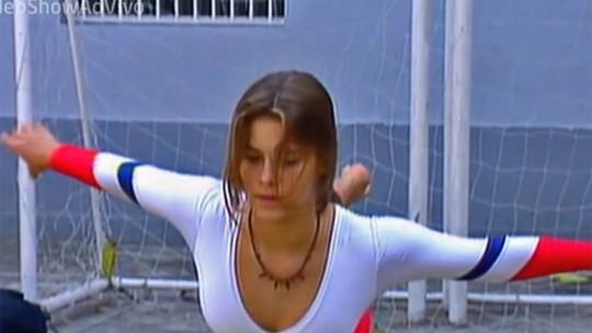 Carol Dieckmann mostra aula de ginástica olímpica em 1994; reveja!