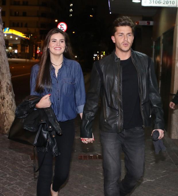 Camila Queiroz e Klebber Toledo (Foto: Thiago Duran/ AgNews)