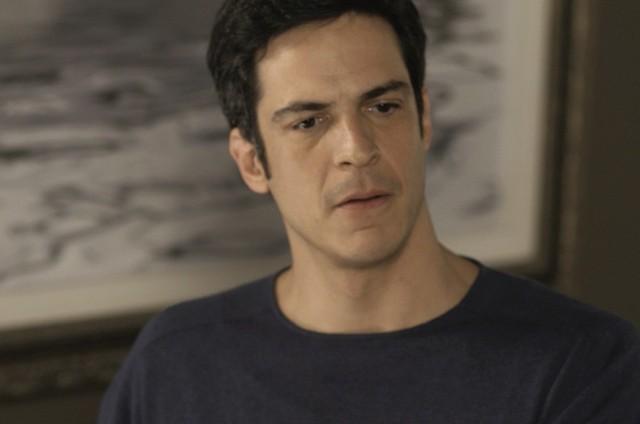 'Pega pega': Mateus Solano é Eric (Foto: TV Globo)