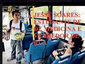 """Jovem divulgou uma foto sua com a mensagem 'Jessé Soares: estudante de medicina e vendedor de rua"""" (Foto: Jessé Soares / Arquivo pessoal)"""