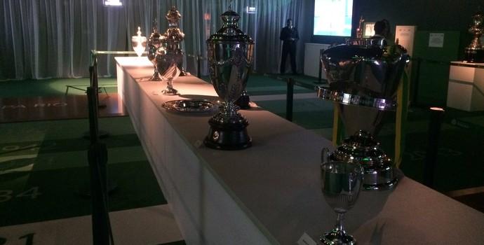 Exposição taças festa Palmeiras (Foto: Rodrigo Faber)