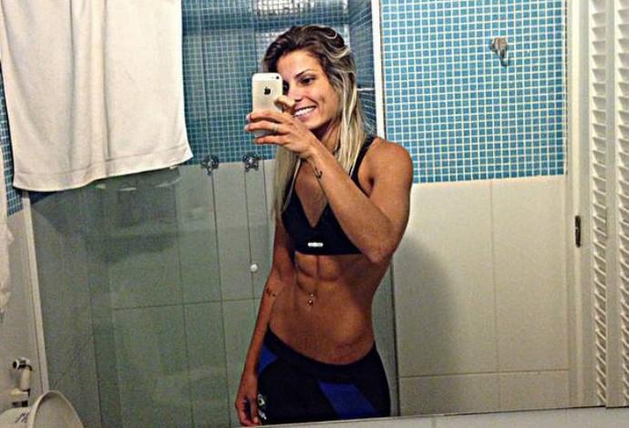 Luana Pinheiro exibe boa forma para mudança de categoria no judô (Foto: Reprodução)