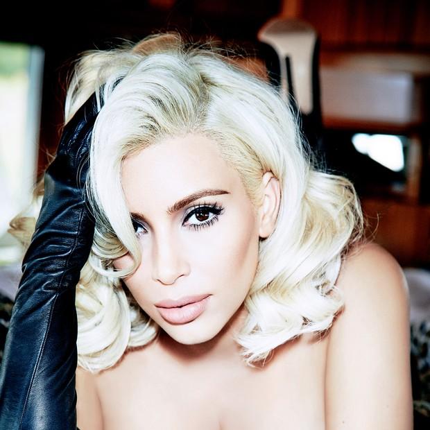Kim Kardashian  (Foto: Ellen von Unwerth/ Arquivo Vogue)
