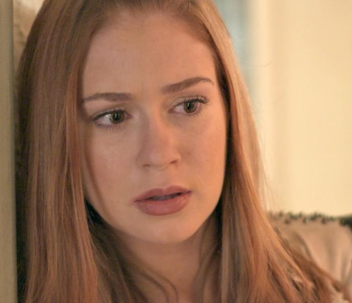 Eliza escuta brincadeiras de Jonatas Leila   (Foto: TV Globo)