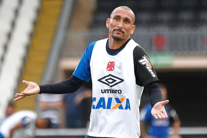 Guinazu, Treino Vasco (Foto: Marcelo Sadio / Vasco.com.br)