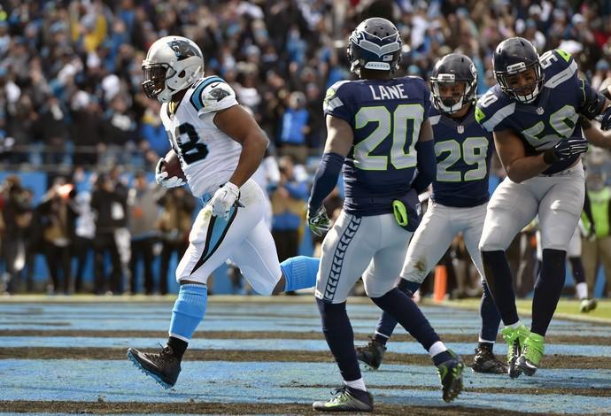 Jonathan Stewart Carolina Panthers NFL Seattle Seahawks (Foto: Reuters \ Bob Donnan-USA TODAY Sports)