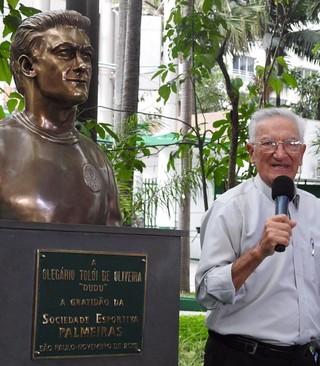 Dudu busto Palmeiras (Foto: Felipe Zito)