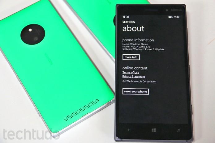 O Lumia 83 oferece funções não tão comuns em celulares acessíveis  (Foto: Fabrício Vitorino/TechTudo)