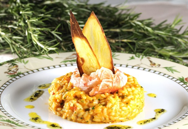 Veja três receitas de risotos assinadas por chefs renomados pra fazer em apenas 30 minutos
