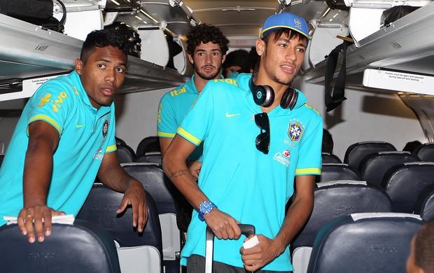 Neymar na chegada da seleção a Middlesbrough (Foto  Rafael Ribeiro ... b04ad9ddcaaae