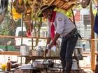 'Queima do Alho' resgata tradição do tropeiro na Festa do Peão de Barretos