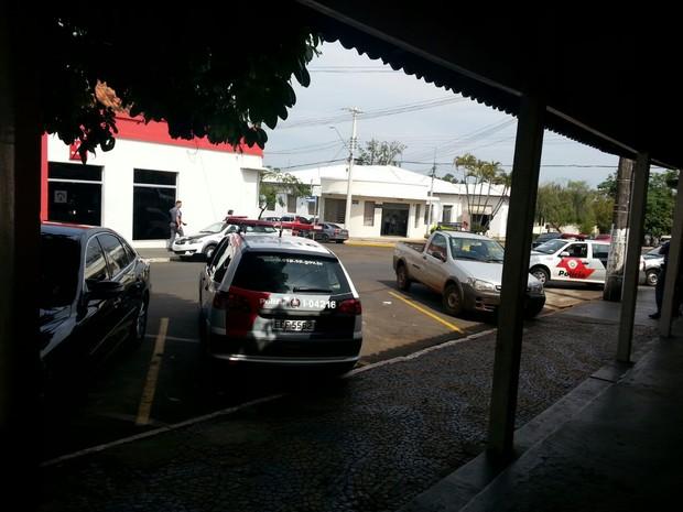 Agência assaltada fica na área central de Iacanga  (Foto: Arquivo pessoal)