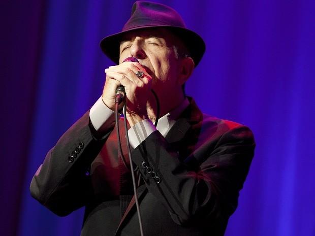 Músico Leonard Cohen se apresenta nesta terça (18) no Madison Square Garden, em Nova York (Foto: Mike Lawrie/Getty Images/AFP)