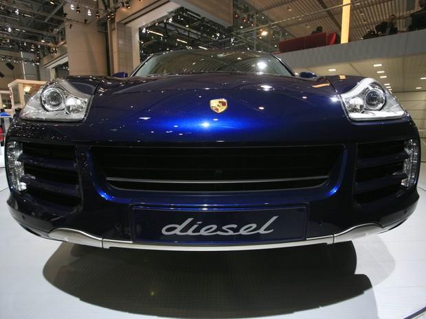 Porsche Cayenne tem motor 3.0 diesel que também pode estar em fraude (Foto: REUTERS/Denis Balibouse)
