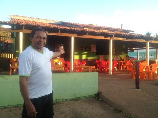 Novo Bar do Araújo fica em outro ponto da mesma quadra onde funcionava o antigo estabelecimento, em Palmas (Foto: Jesana de Jesus/G1)