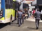 Fiscalização multa empresas de transporte público em Botucatu
