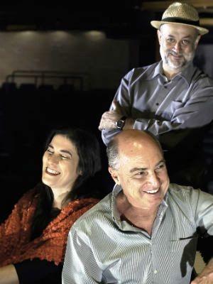 Mônica Salmaso se apresenta ao lado do pianista e maestro Nelson Ayres e do flautista e saxofonista Teco Cardoso (Foto: Myriam Vila Boas)