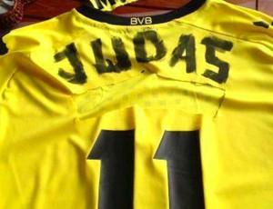 Götze Judas Borussia Dortmund (Foto: Reprodução / Twitter)