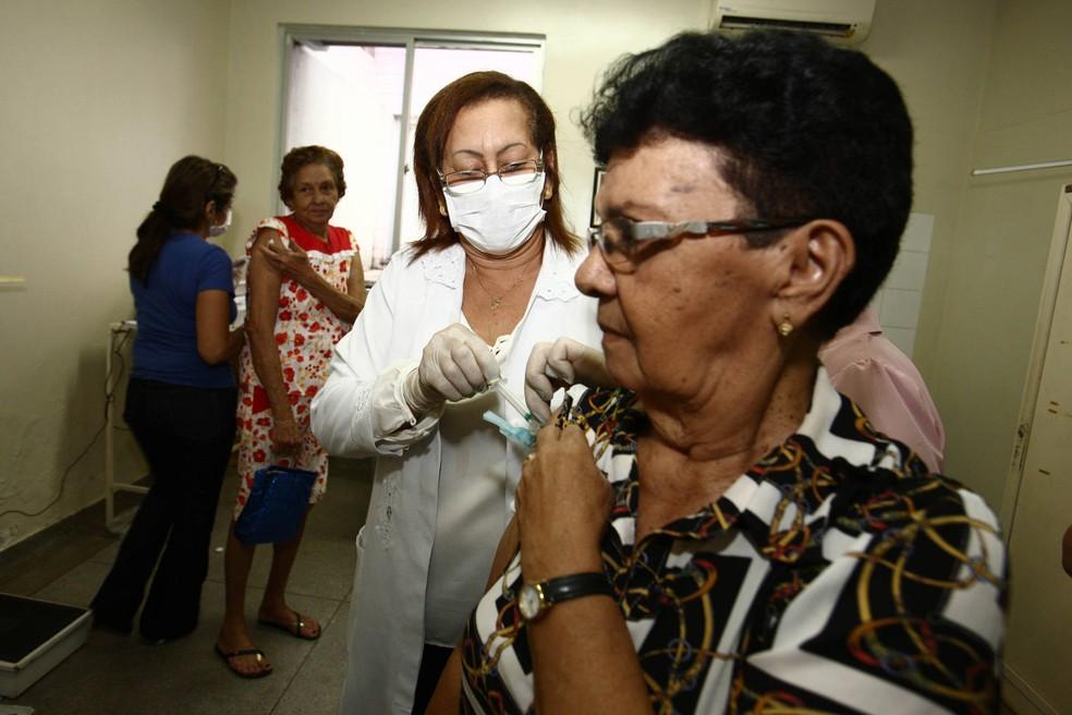 Vacina contra a gripe poderá ser oferecida além de grupos prioritários a partir da próxima segunda-feira (5) (Foto: Cláudio Santos/Agência Pará)