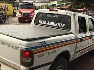 Atividades de siderúrgica são embargadas em Divinópolis, MG (Foto: Reprodução/TV Integração)