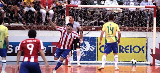 futsal rotella paraguai brasil (Foto: Zerosa Filho / CBFS)