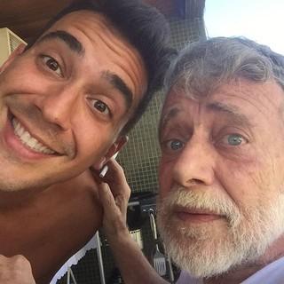 Andre Marques com pai (Foto: Instagram / reprodução)
