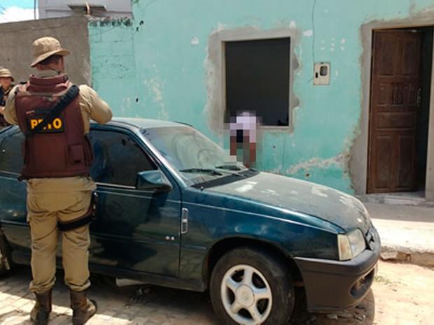 Jovem foi morto com 11 tiros na janela de casa ao fugir de atentado na Bahia (Foto: FRNoticia.com)