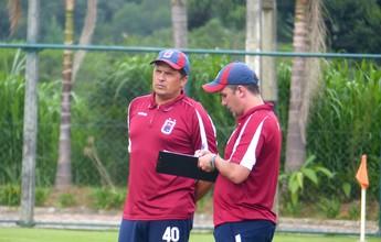 Elenco do Paraná Clube realiza testes físicos e volta aos treinos com bola