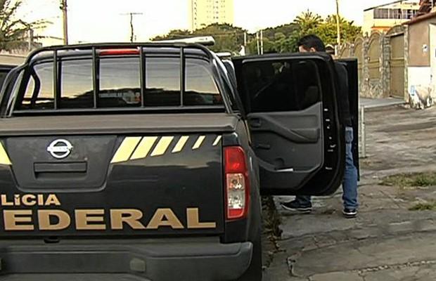 Polícia Federal faz operação contra pedofilia em Goiás e em outros 13 estados (Foto: Reprodução/TV Anhanguera)