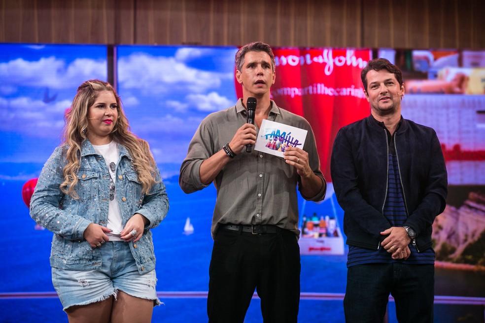 Marcio Garcia recebe Marília Mendonça e Marcelo Serrado no 'Tamanho Família' (Foto: Isabella Pinheiro/Gshow)