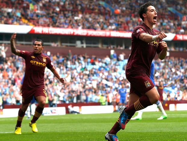 Samir Nasri comemora gol do Manchester City contra Chelsea (Foto: Reuters)