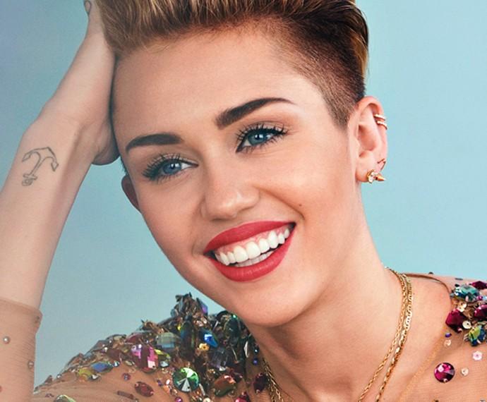 Miley Cyrus mostra seu lado romântico e dramático em nova música (Foto: Reprodução)