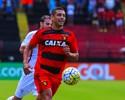 Diego Souza desbanca adversários e leva o gol mais bonito da rodada