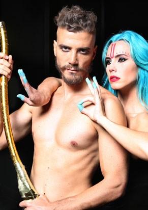Bianchi dirige e atua com a namorada Lívia (Foto: Divulgação)