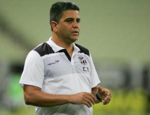 Marcelo Cabo, técnico do Ceará (Foto: JL Rosa/Agência Diário)