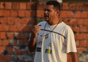 Faísca, técnico do Acriano (Foto: Murilo Lima)