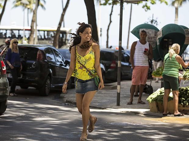 Linda, Camila participa de filmagem na pele de Regina, sua personagem na nova novelas das 9 (Foto: Inácio Moraes/Gshow)