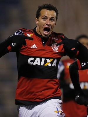 Leandro Damião Palestino x Flamengo  Réver Sul-Americana (Foto: EFE)