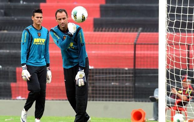 magrão saulo sport (Foto: Aldo Carneiro / Pernambuco Press)
