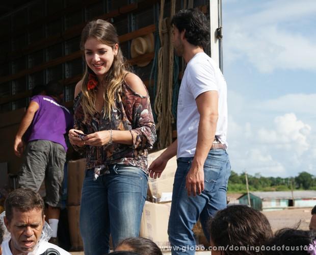 Famosos participam de ação de caridade na cidade acreana (Foto: Domingão do Faustão / TV Globo)