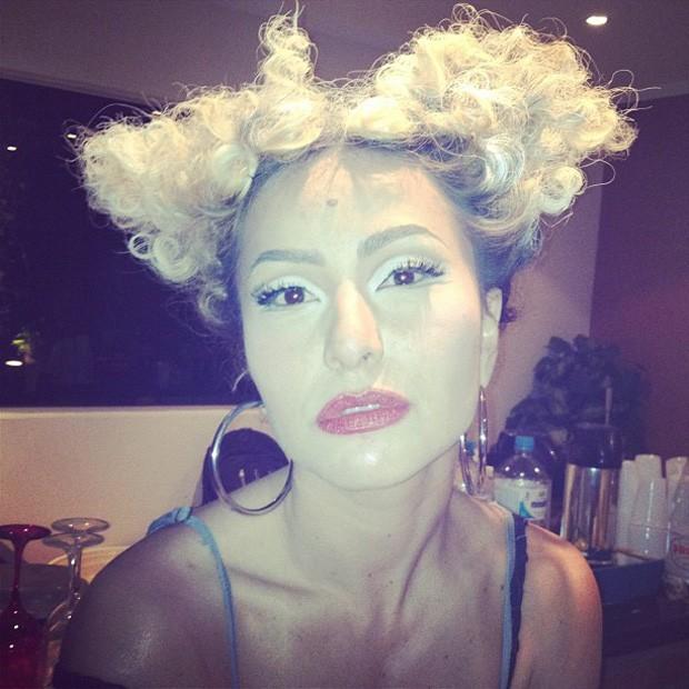 Sabrina Sato com o cabelo diferente (Foto: Instagram / Reprodução)